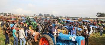 Maior desfile de tratores do Brasil volta a encantar o público em Irineópolis