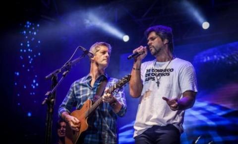 Dupla sertaneja Victor & Léo anuncia separação após 26 anos de carreira