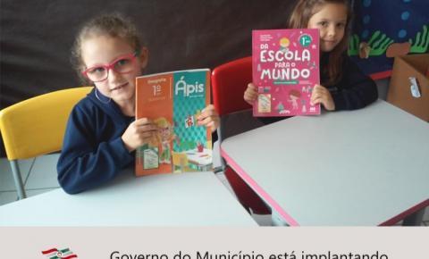 Governo de Papanduva está implantando ensino através de livros didáticos.