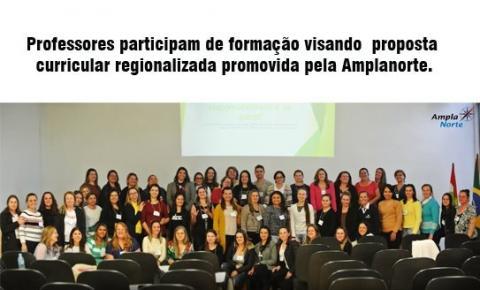 Professores participam de formação visando proposta curricular regionalizada promovida pela Amplanorte.
