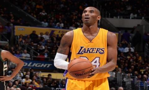 Kobe Bryant, astro da NBA, morre em acidente de helicóptero nos EUA