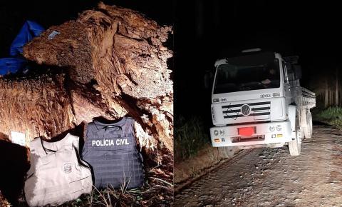 Ação da polícia recupera em Mafra caminhão e carga de fumo roubada em Itaiópolis