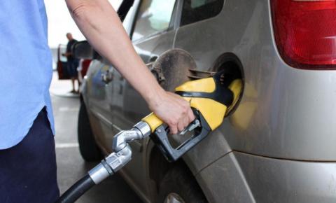 Petrobras anuncia 6º reajuste no ano, alta de 8,8% na gasolina e 5,5% no diesel