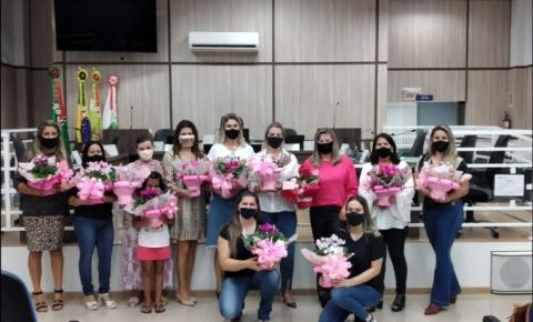 Câmara de Papanduva realiza sessão comemorativa do Dia da Mulher
