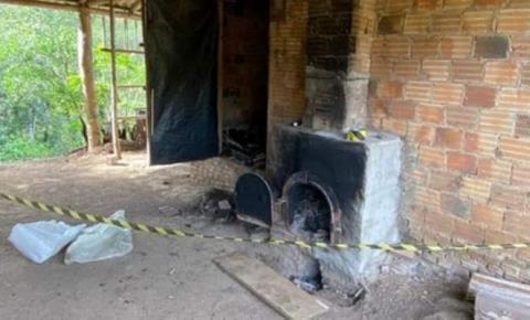 Mulher dopa marido e queima ele vivo em forno de fumo