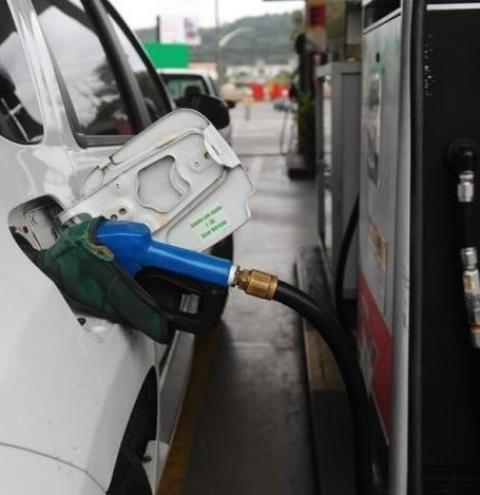 Gasolina pode chegar a R$ 7 no segundo semestre em Santa Catarina